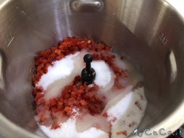 confettura agrodolce di peperoni per formaggi col cuco - mycuco.it